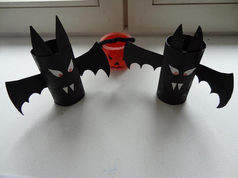 activites halloween chauve souris. Black Bedroom Furniture Sets. Home Design Ideas